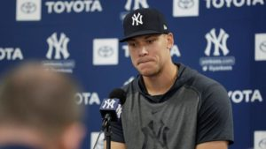 Yankees continue venting about Astros' cheating scandal