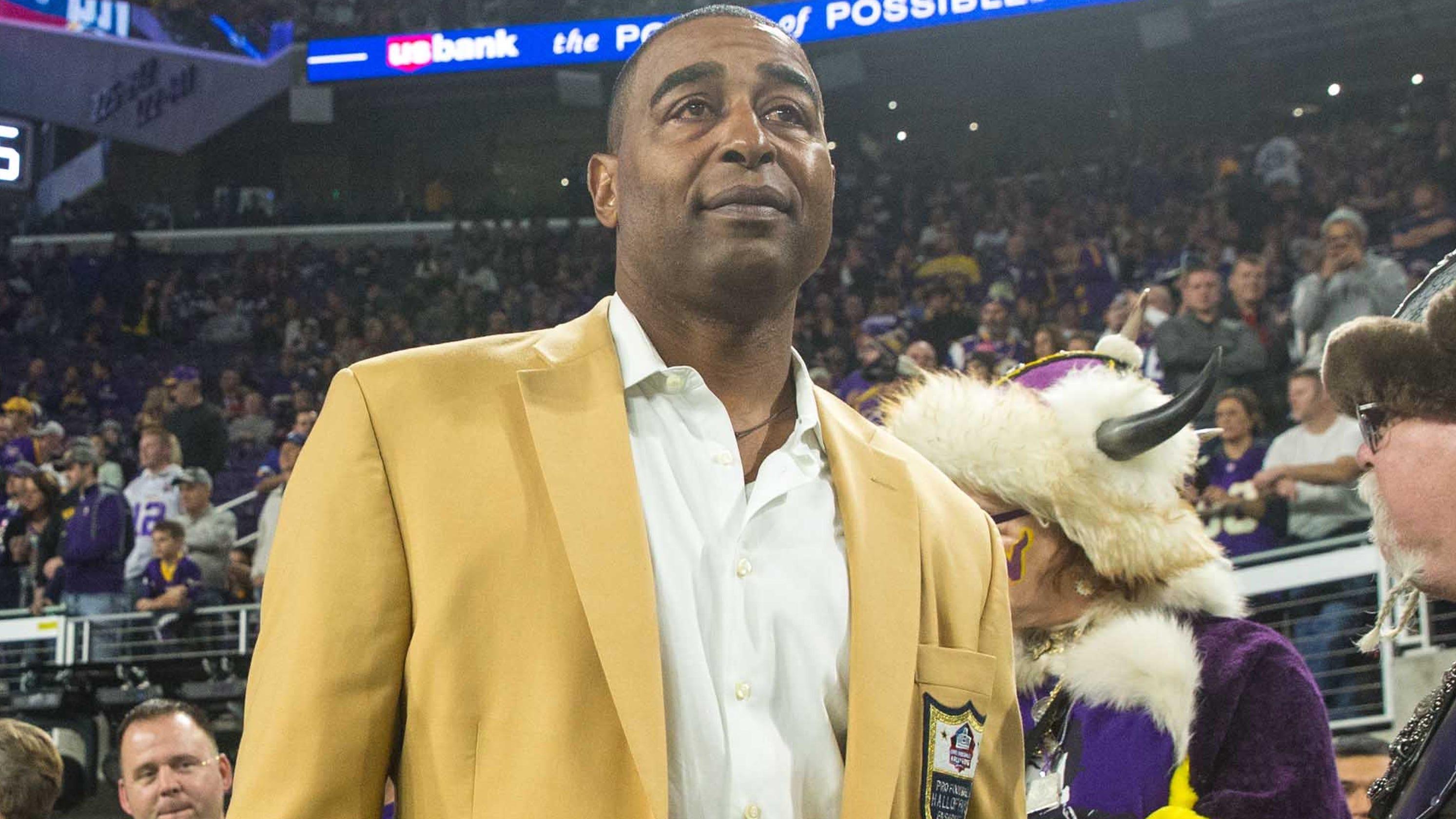 NFL Hall of Famer recalls going hungry; coronavirus pushed him to help