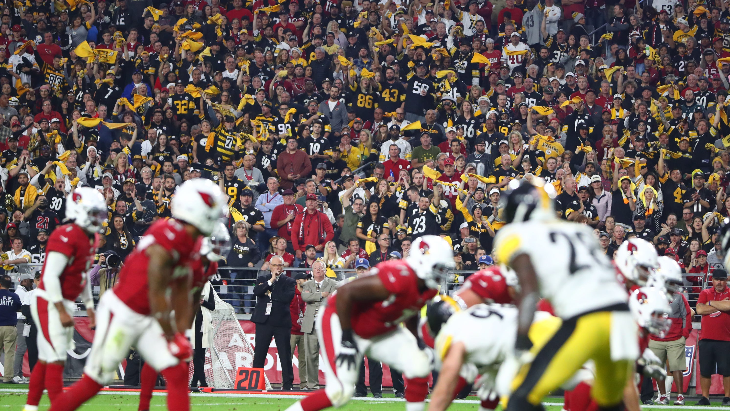 NFL games without fans? 'Sunday Night Football' will make adjustments