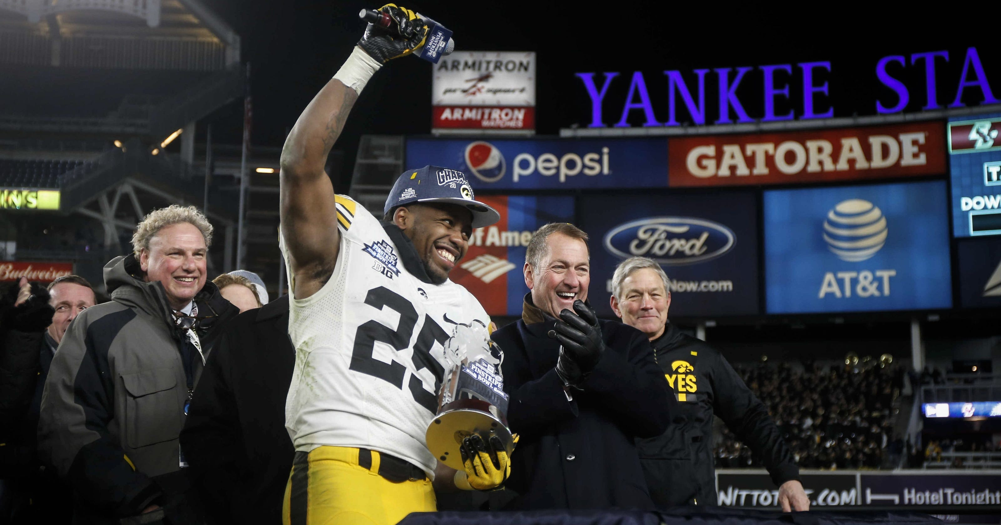 Akrum Wadley says 'living nightmare' to play for school