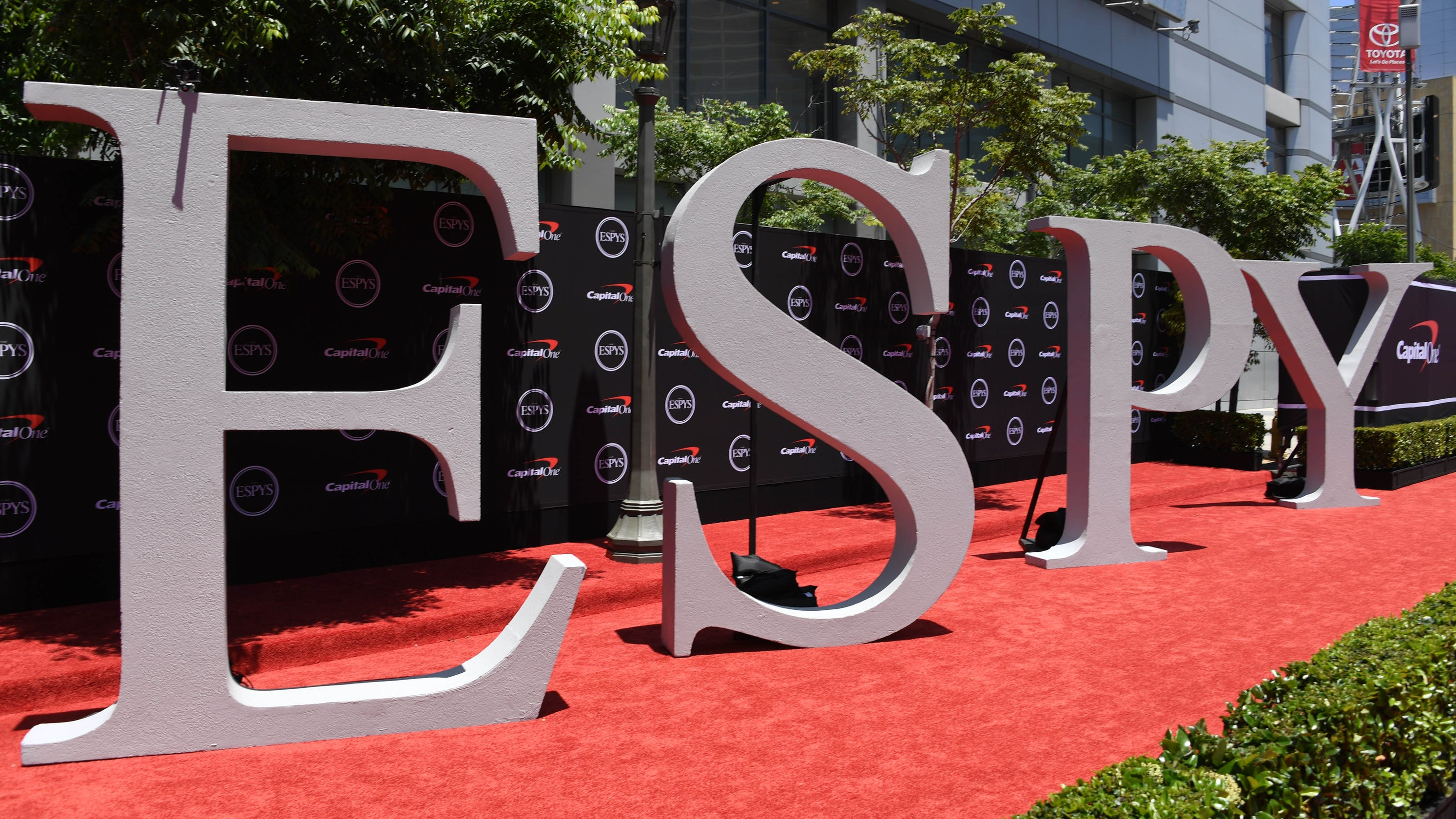 All winners and notable moments from the ESPY Awards