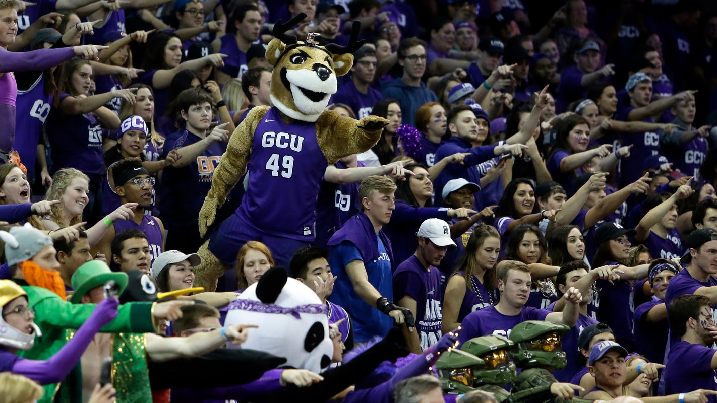 Grand Canyon quarantines entire men's basketball team after positive tests