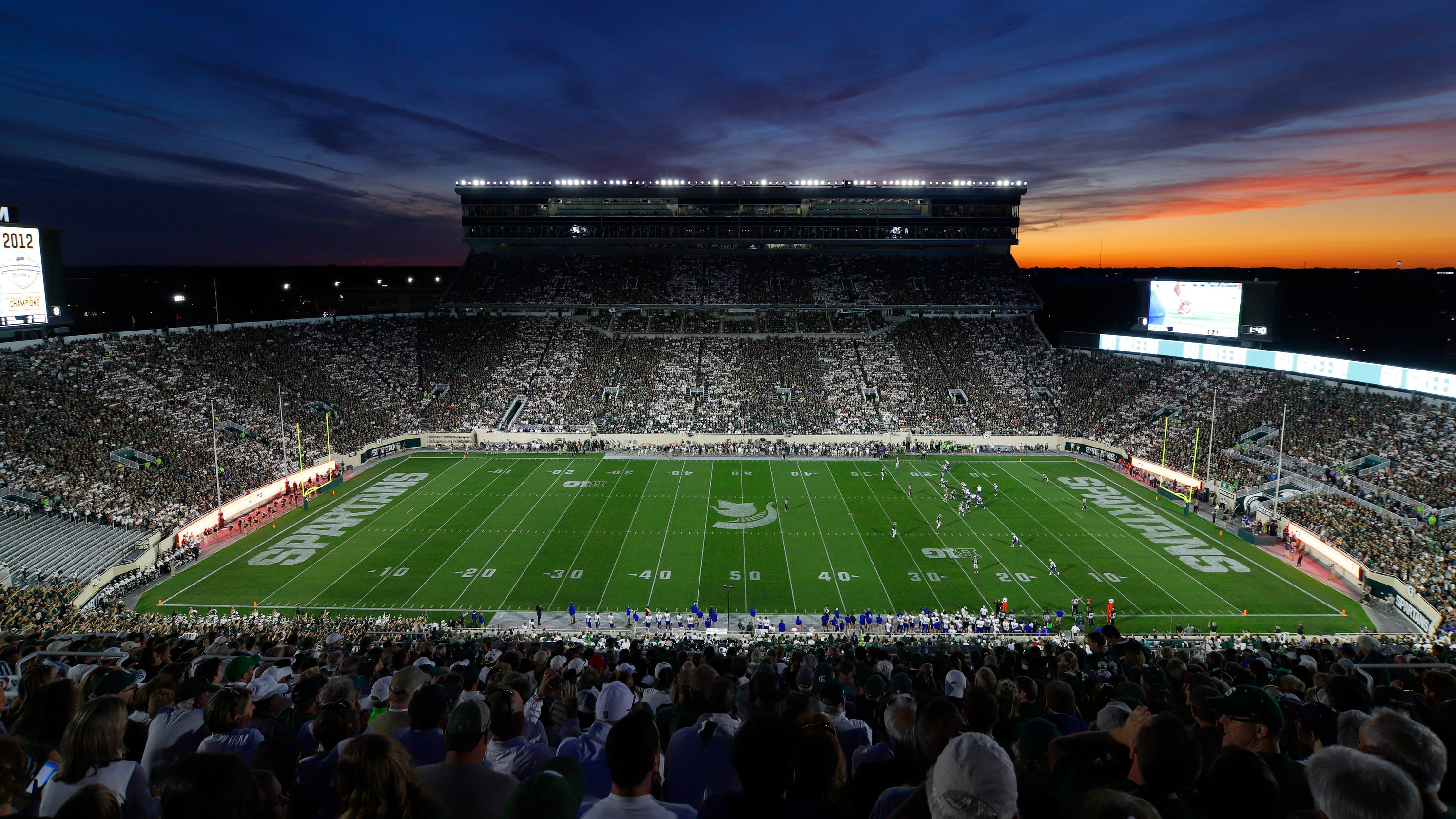 Michigan State pauses ticket sales amid uncertainty