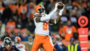 Former first-round tight end David Njoku requests trade from Cleveland Browns