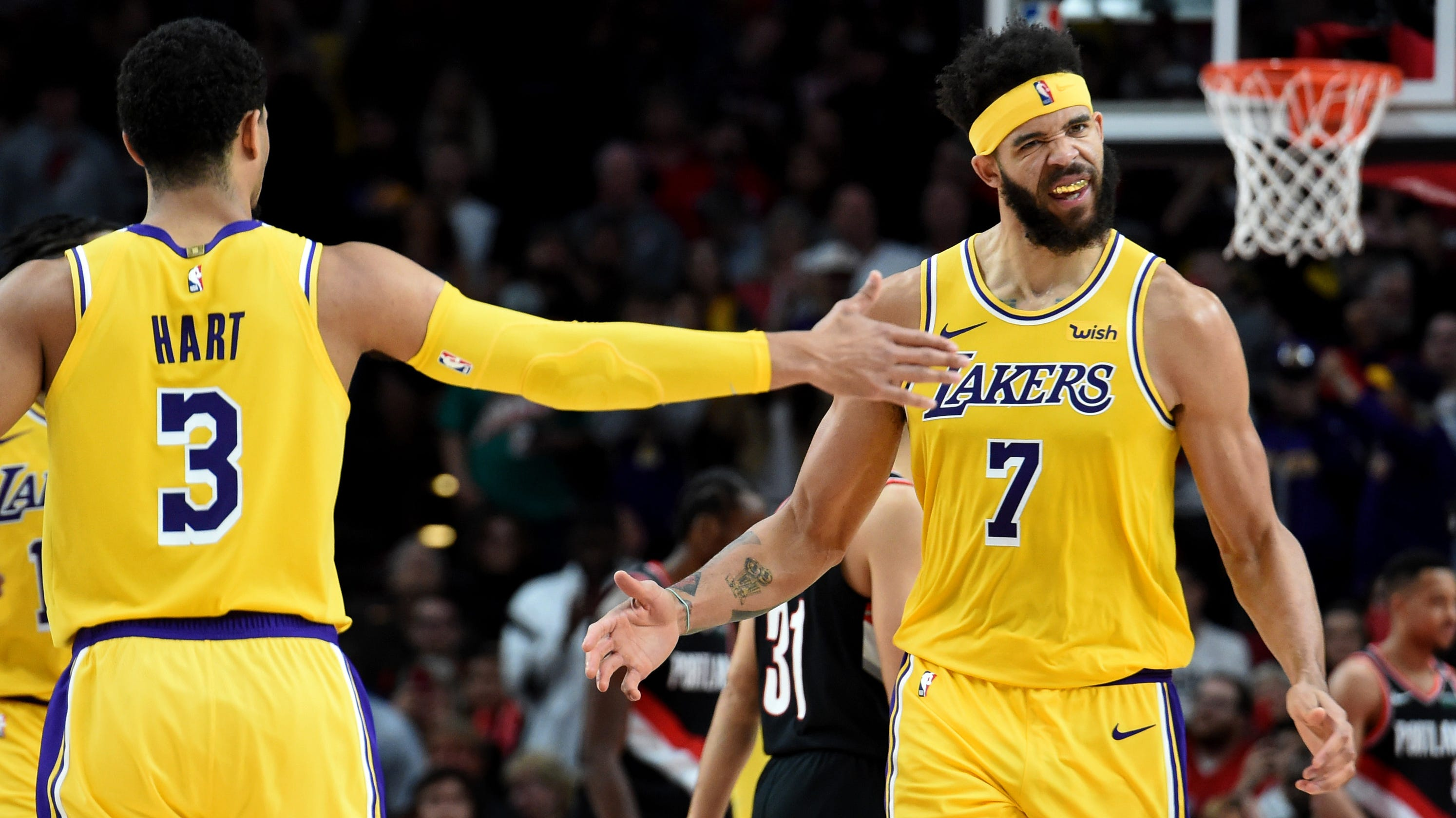 Lakers' JaVale McGee vlogs to document new reality