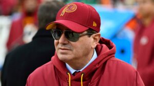 Washington Redskins to announce new team name on Monday