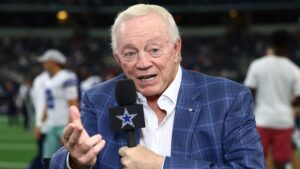 Dallas Cowboys owner Jerry Jones makes strides on anthem stance
