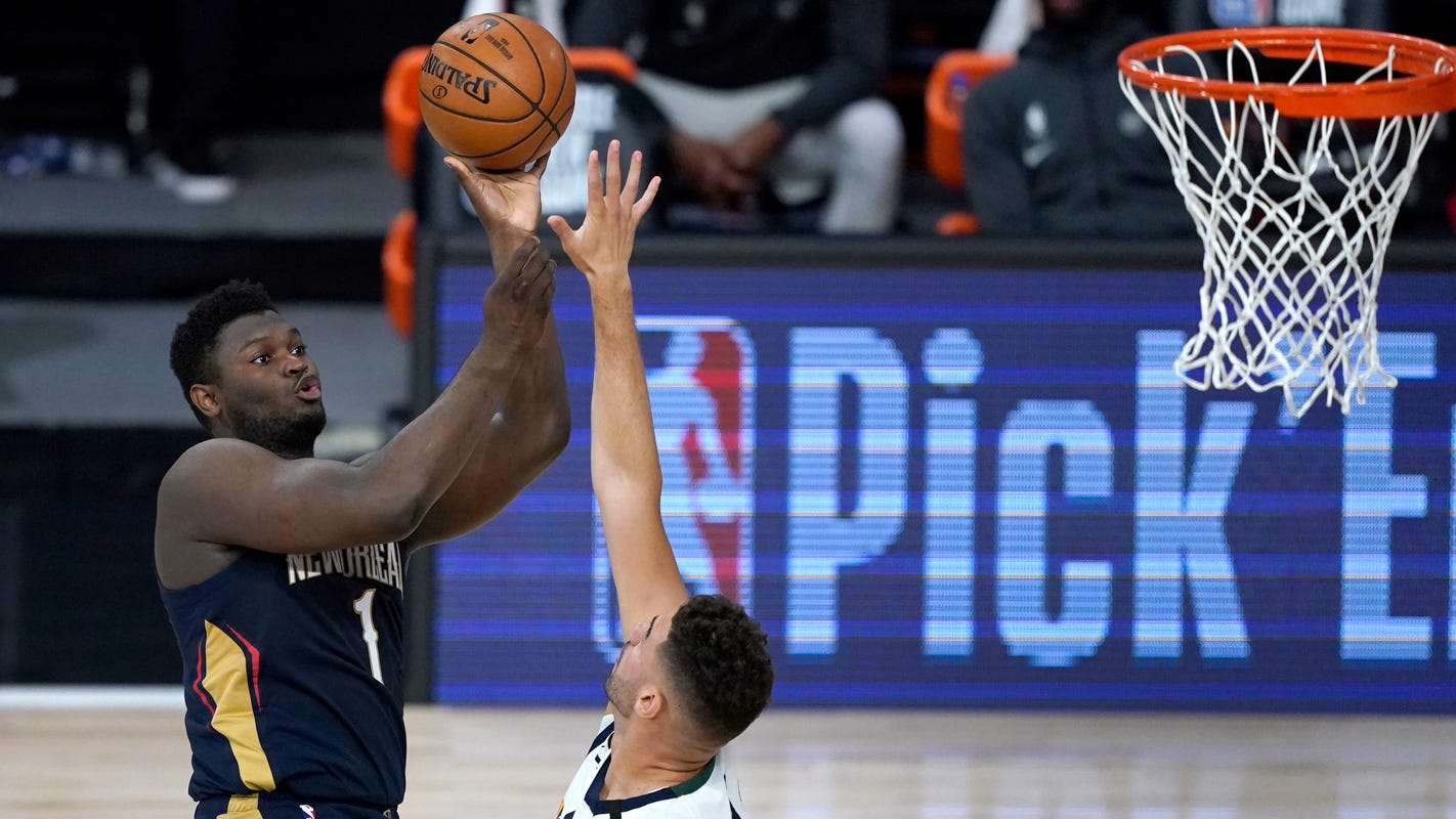 Pelicans explain why Zion Williamson had limited minutes in opener