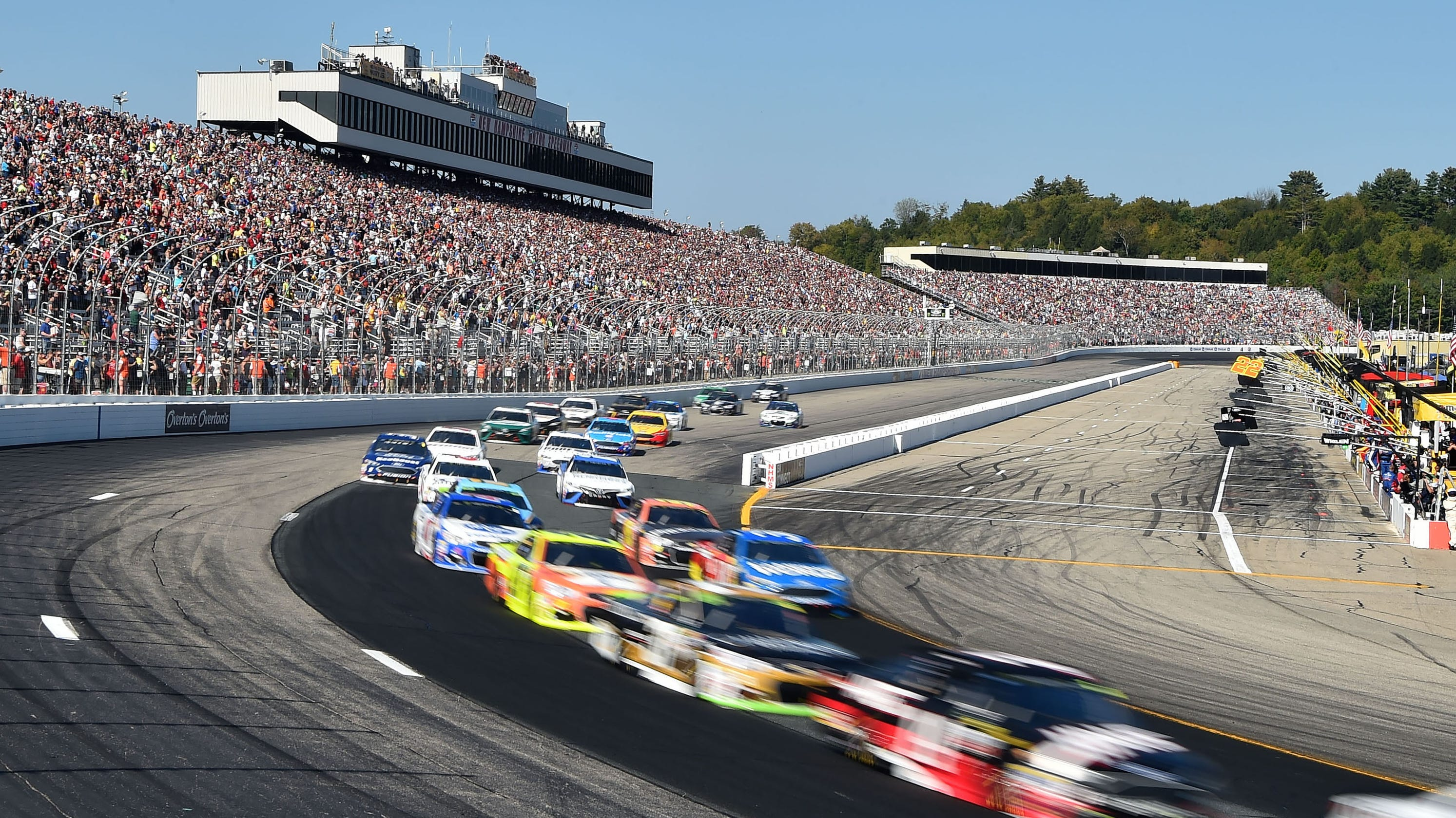 Start time, schedule, lineup, TV for Cup race