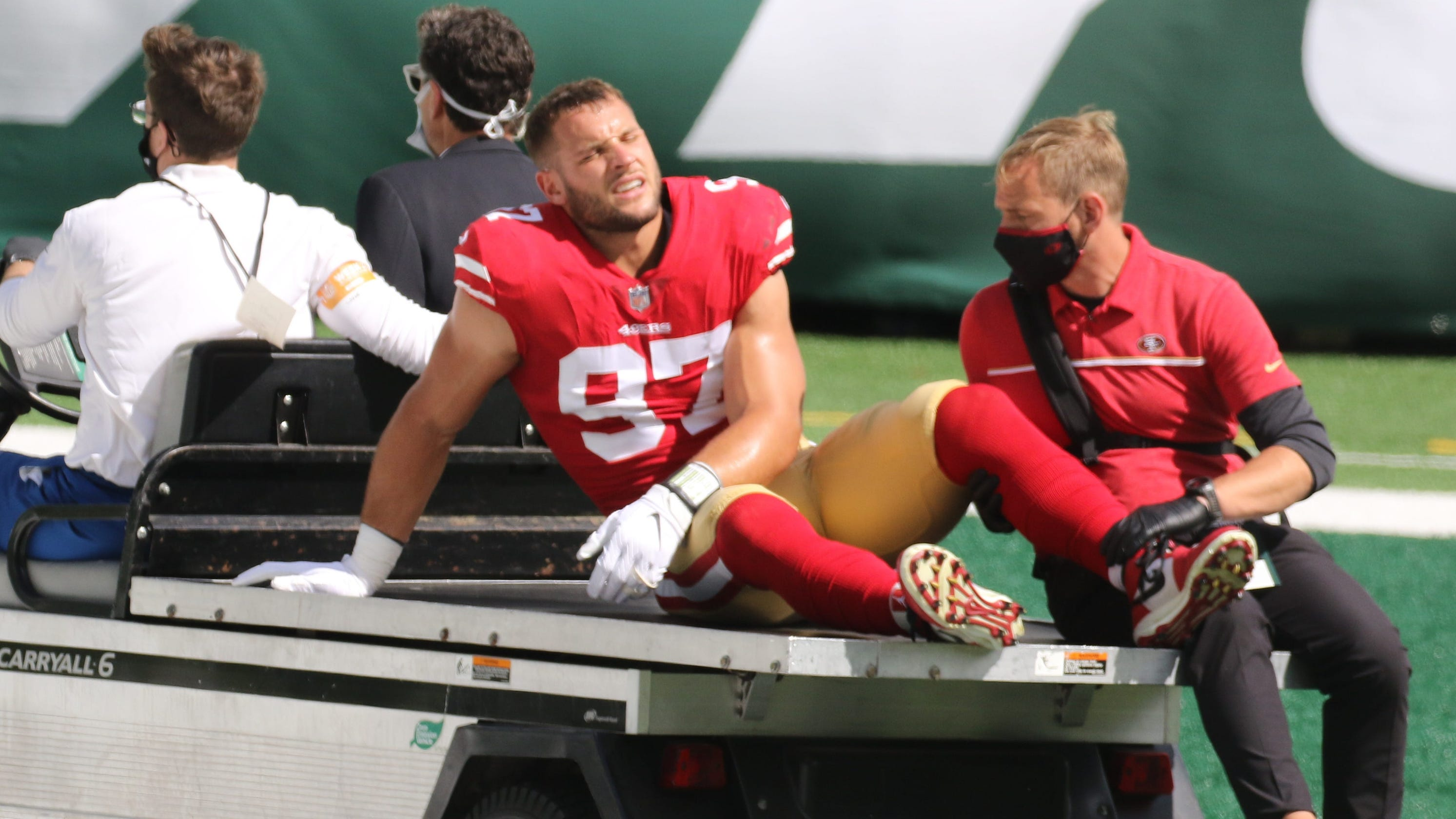 49ers coach Kyle Shanahan, DE Arik Armstead criticize turf at MetLife Stadium after rash of injuries