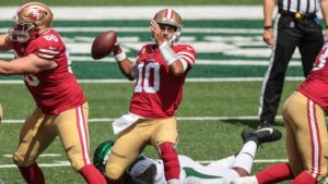 49ers quarterback Jimmy Garoppolo exits game after being hobbled by ankle injury