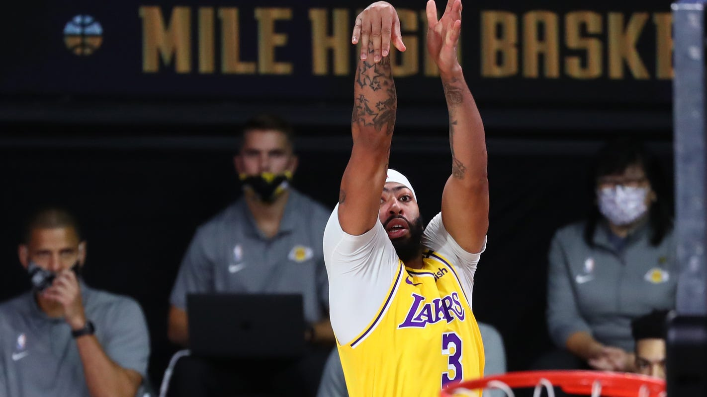 Anthony Davis dominating in clutch for LA Lakers in West finals