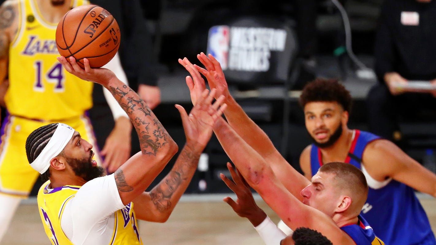 Anthony Davis shines, Lakers blitz Nuggets in Game 1 of West finals