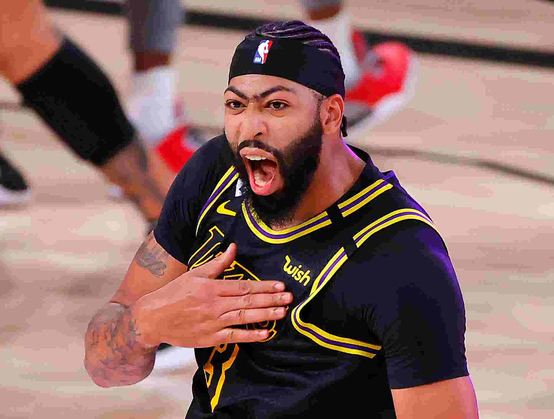 Anthony Davis' heroics are exactly what Lakers signed up for