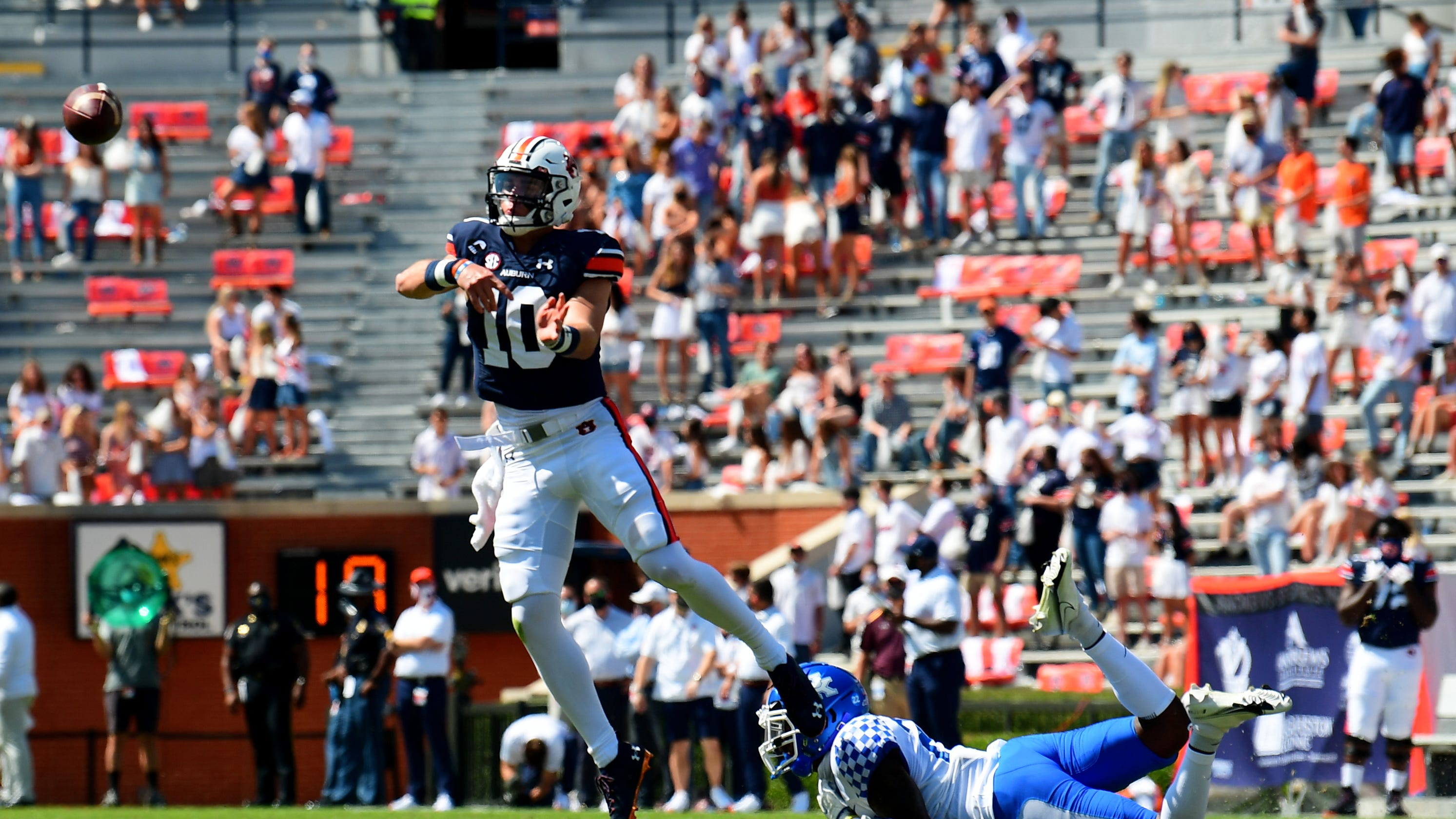 Auburn beats Kentucky in SEC opener with Bo Nix impressing