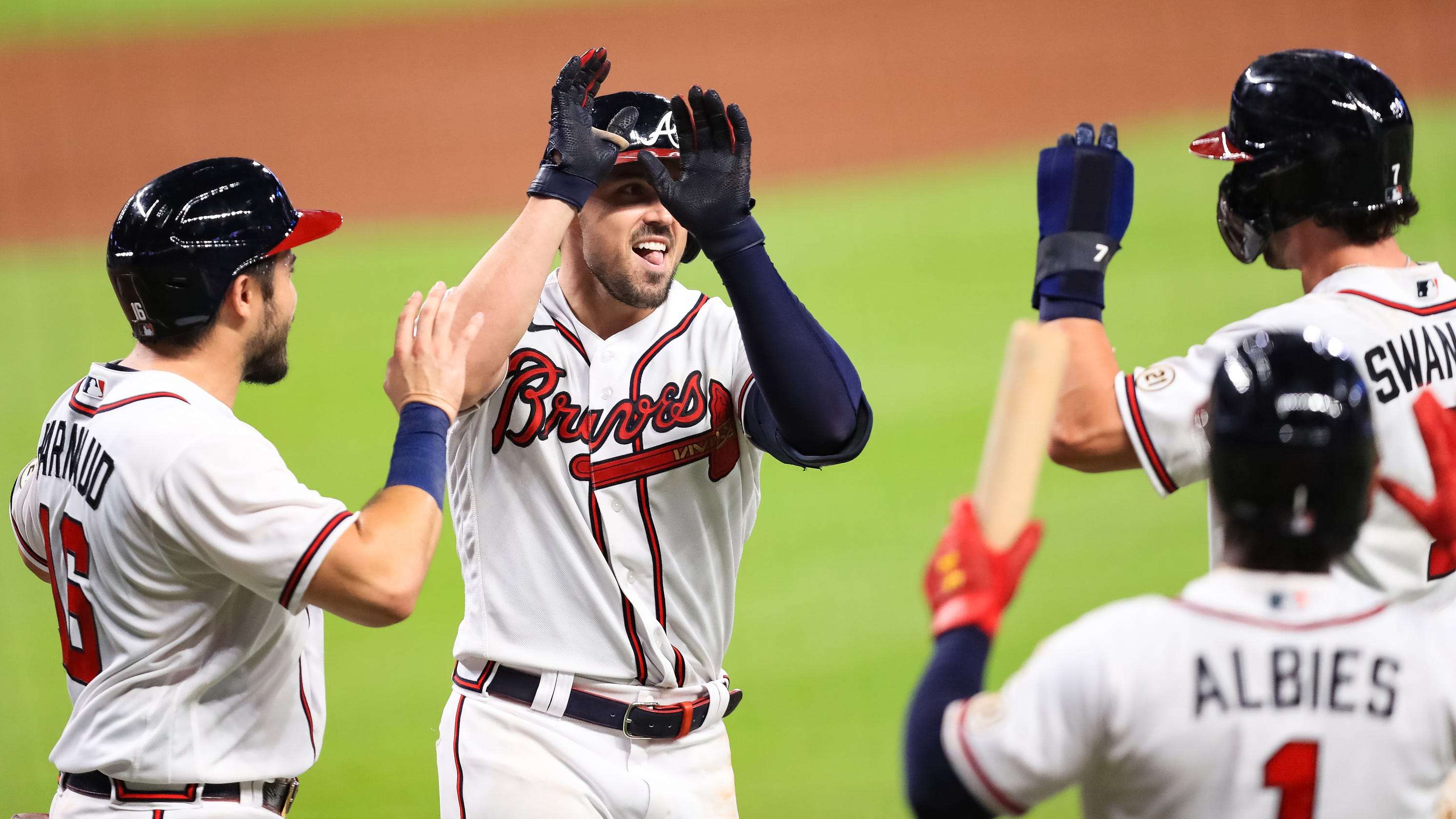 Braves, Brewers set records during big days on offense