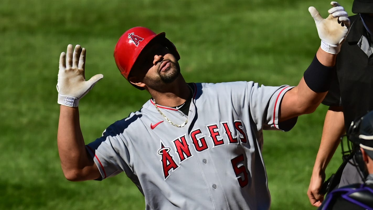 Can any active MLB slugger come close to Albert Pujols' 660 homers?