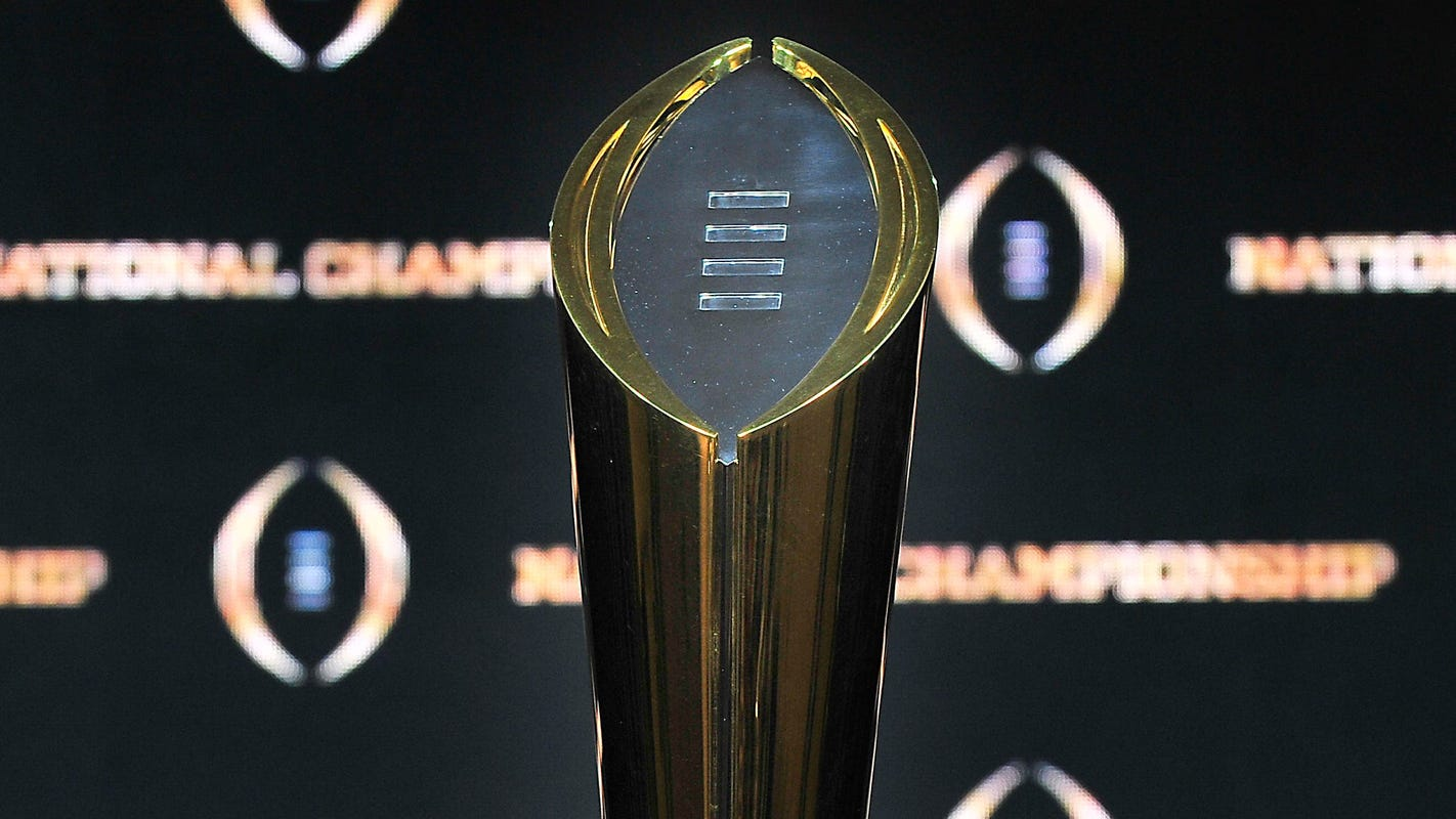 College Football Playoff should expand with Pac-12, Big Ten returning