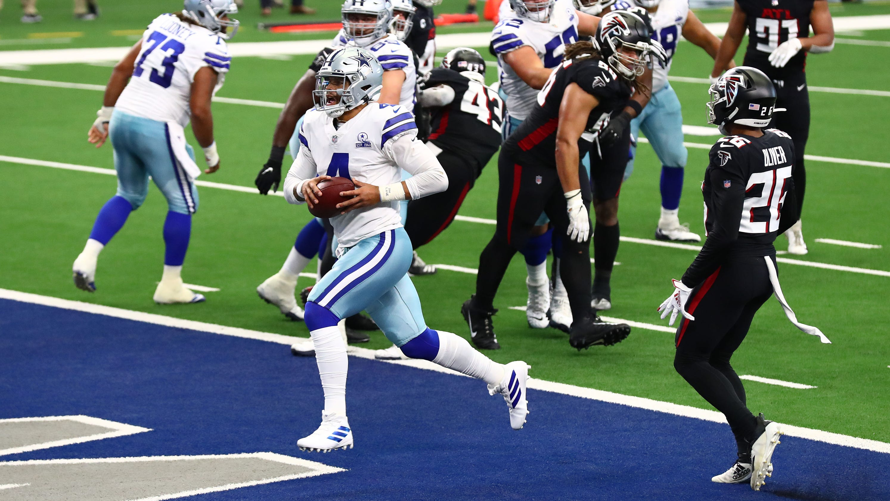 Cowboys stun Falcons by completing last-minute comeback, erasing 20-point deficit