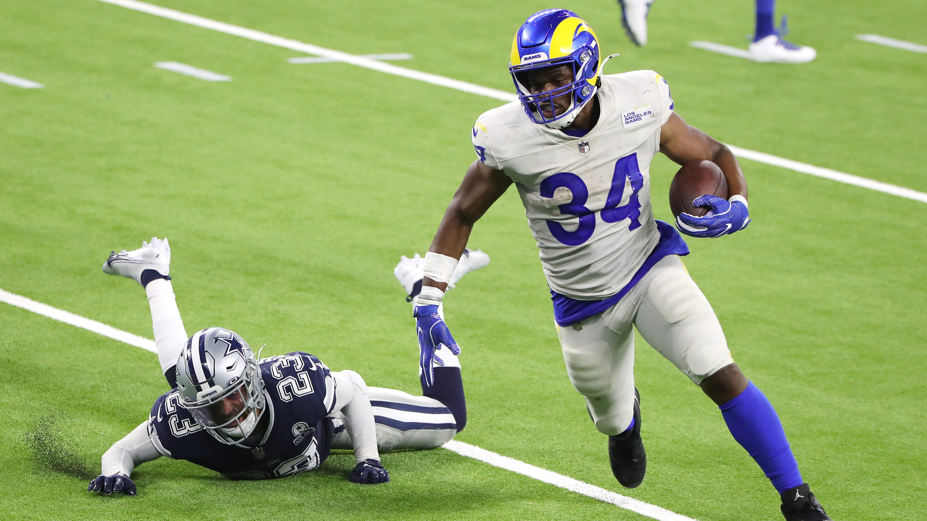 Dallas Cowboys stumble in Mike McCarthy's debut, lose to Rams