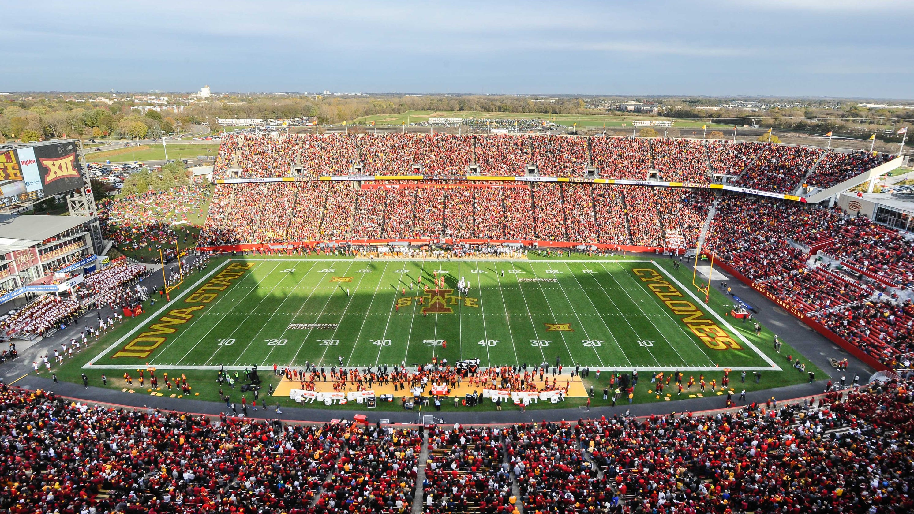 Iowa State reverses course and will not allow fans at football season opener