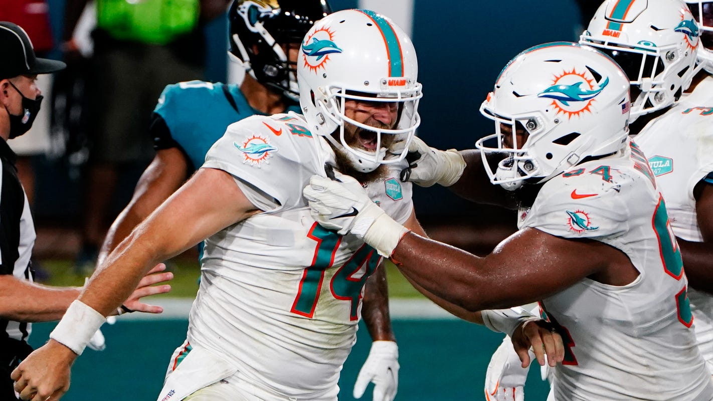 Is it Tua time yet? Ryan Fitzpatrick answered that vs. Jaguars on TNF
