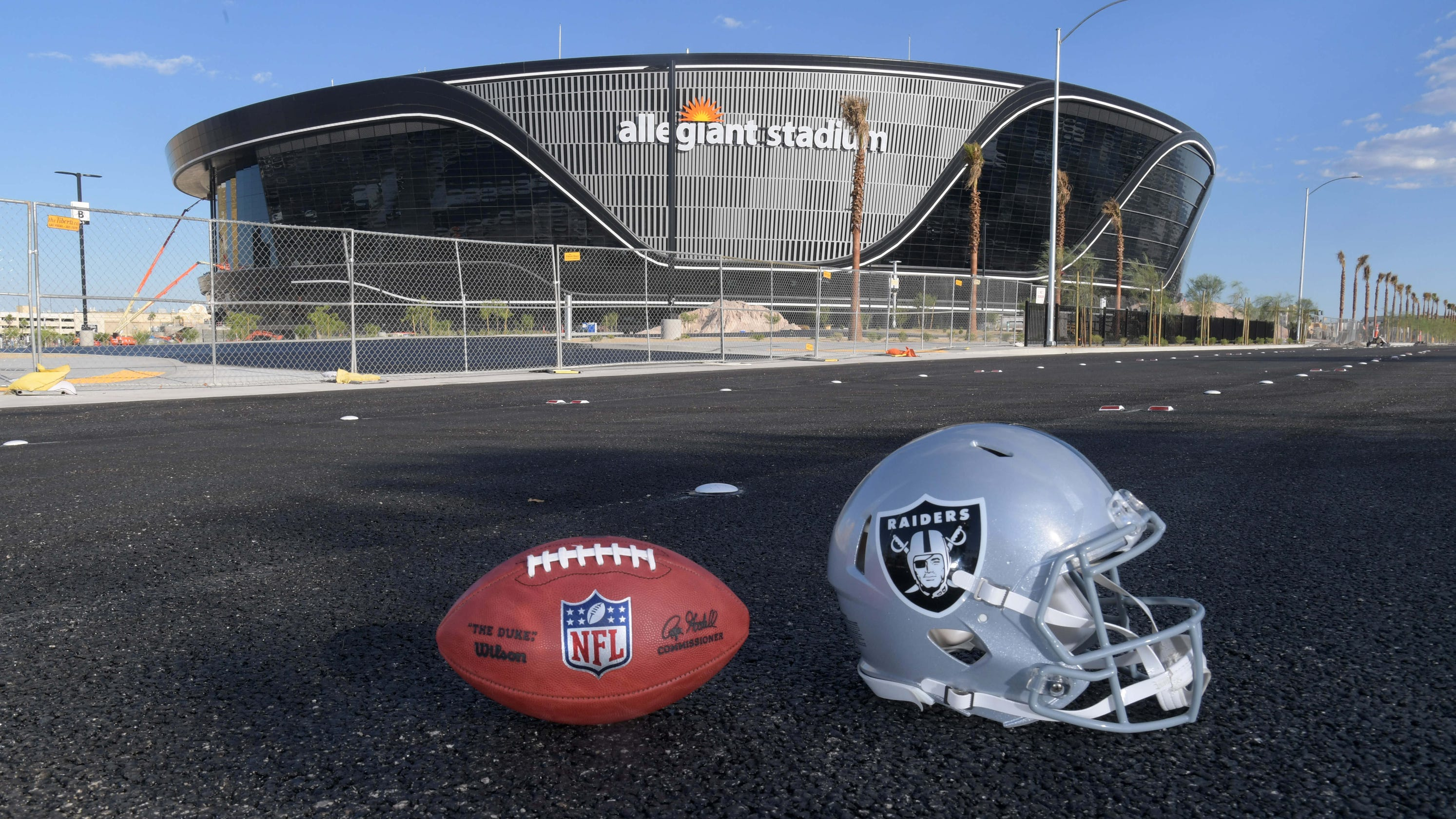 Las Vegas Raiders set to unveil new home on 'MNF'
