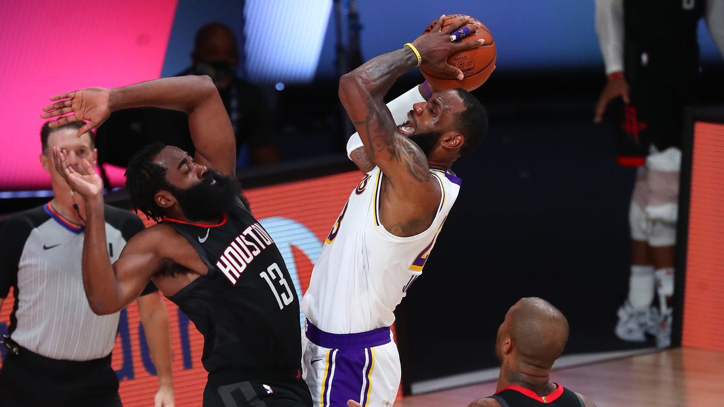 LeBron James sets tone with scoring and defense to lift Lakers over Rockets in Game 3