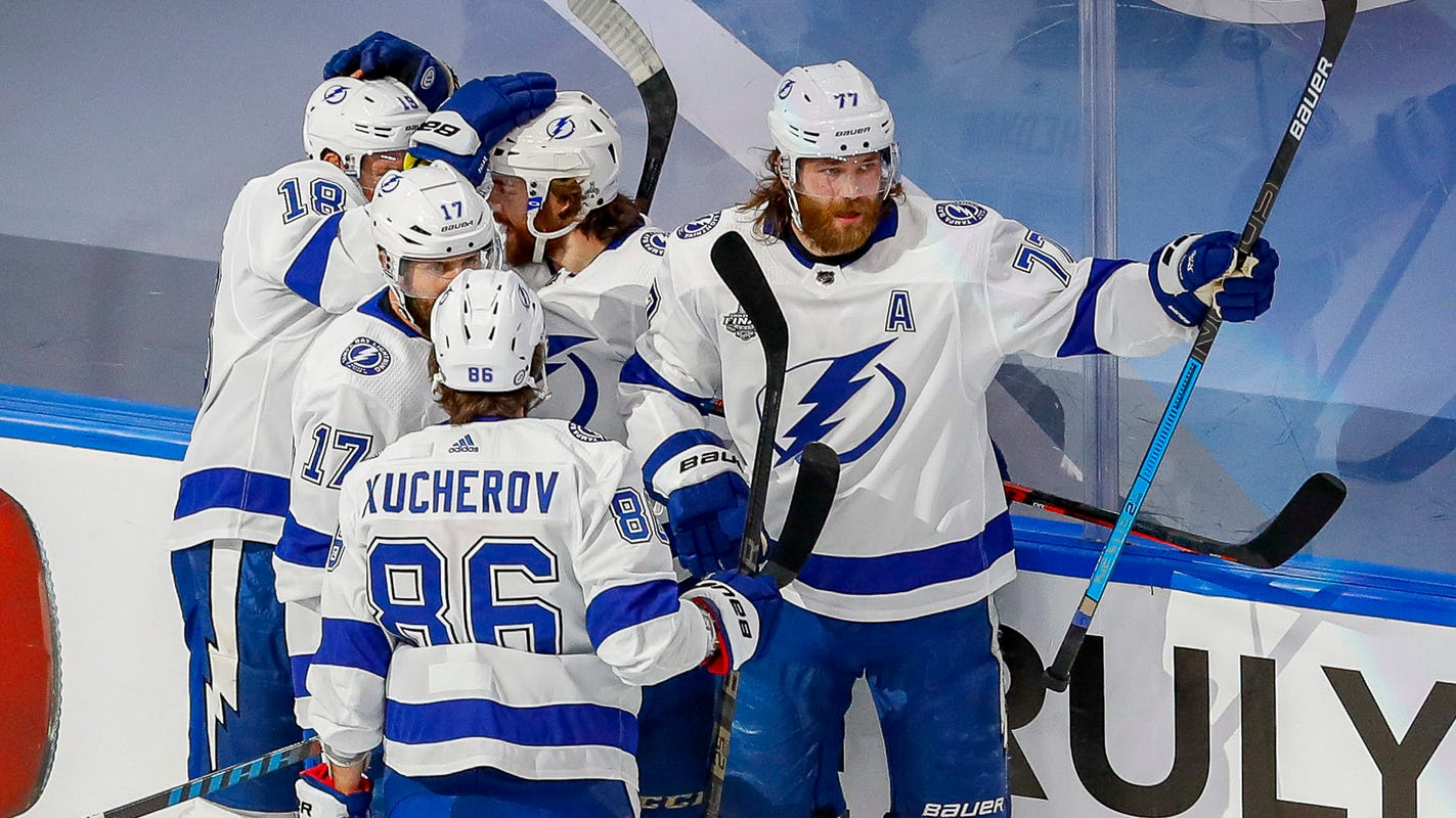 Lightning beat Stars in Game 6 to capture NHL crown