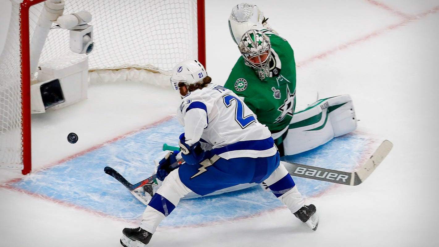Lightning top Stars in OT for 3-1 series lead