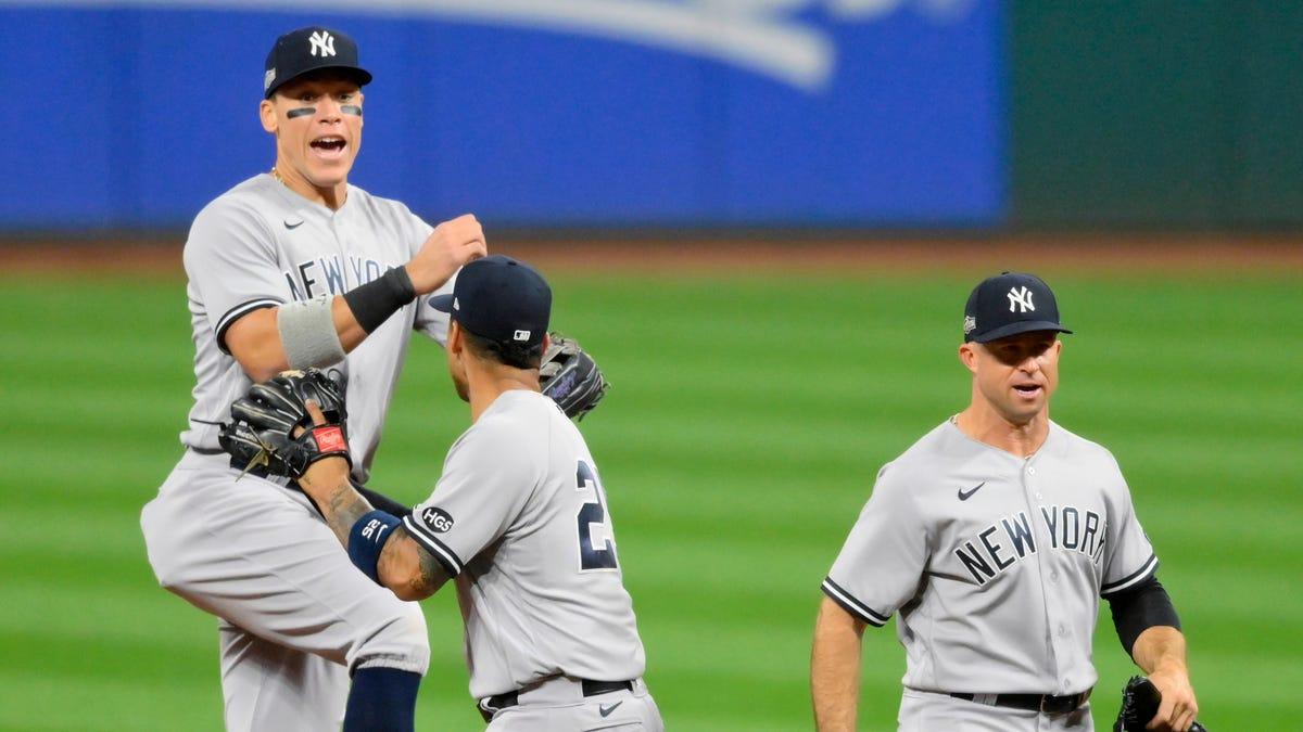 MLB playoffs: Best photos from baseball's Wild Card Series