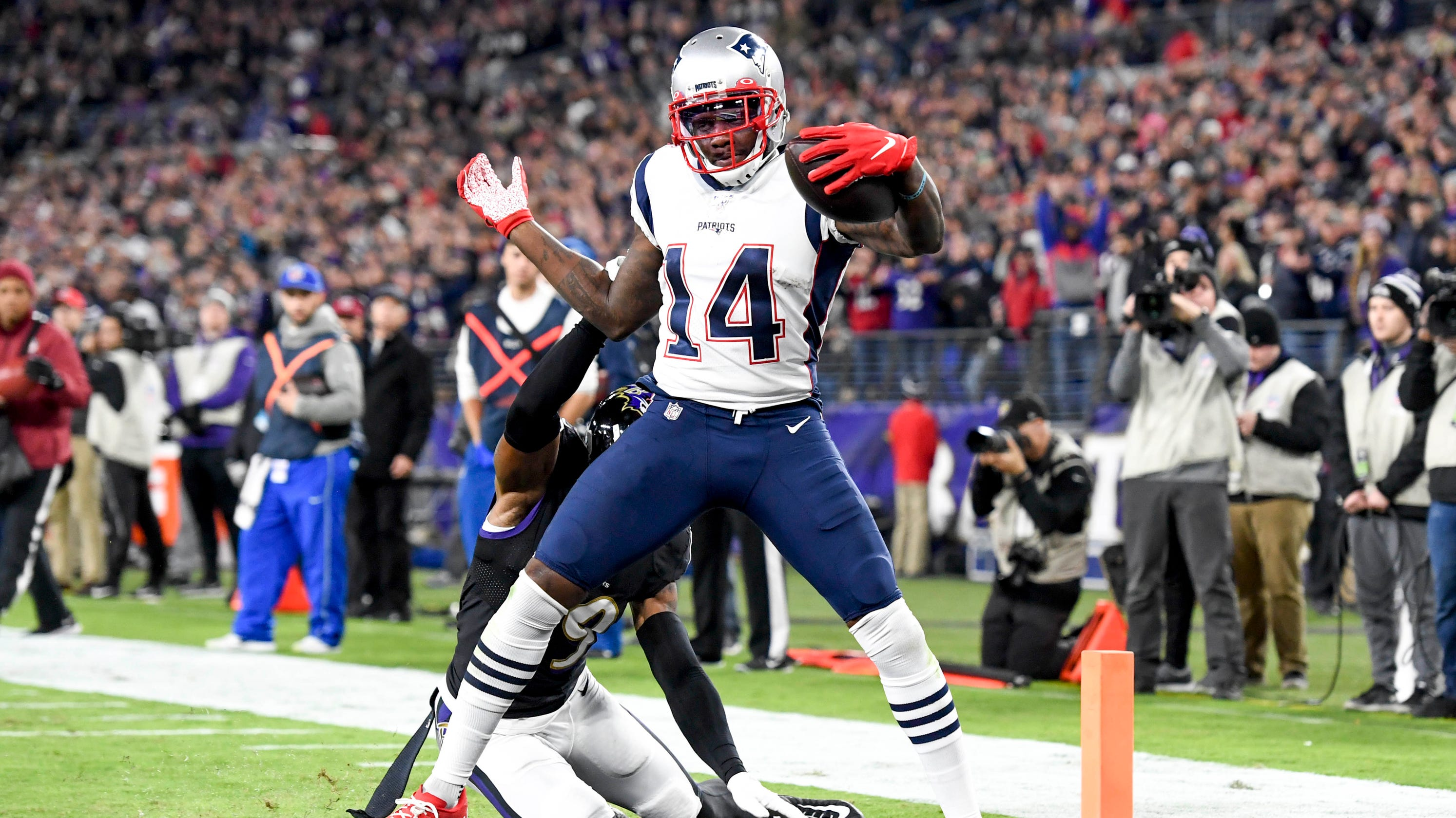 New England Patriots to cut Mohamed Sanu 11 months after trae