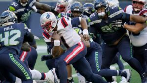 Seattle Seahawks stuff Cam Newton, New England Patriots on final play