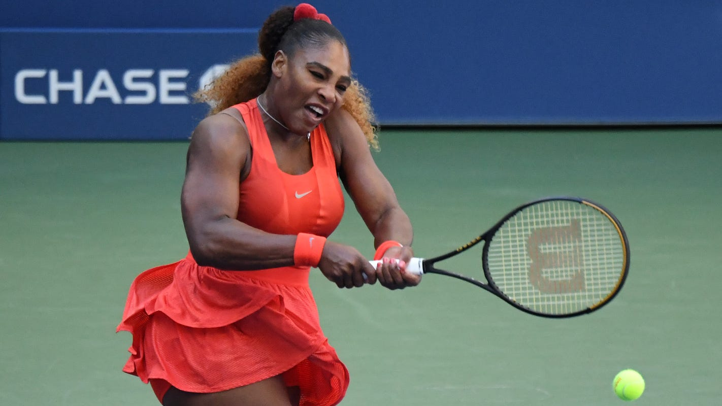 Serena Williams ousts Sloane Stephens in three sets, makes round of 16