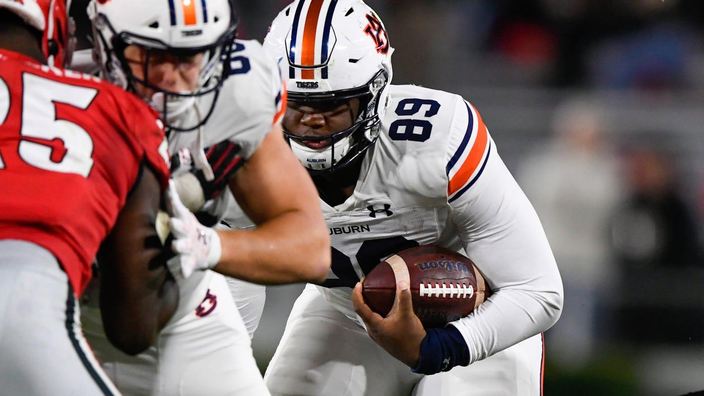 Auburn's 300-pound tight end, J.J. Pegues, shows versatile skill set