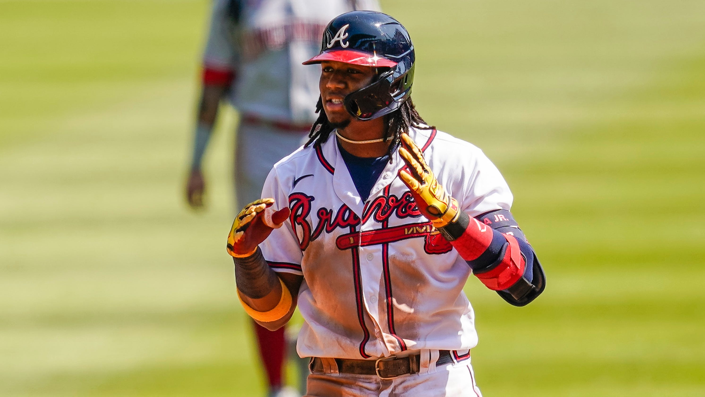 Braves sweep Reds, ending 19-year drought without postseason series win