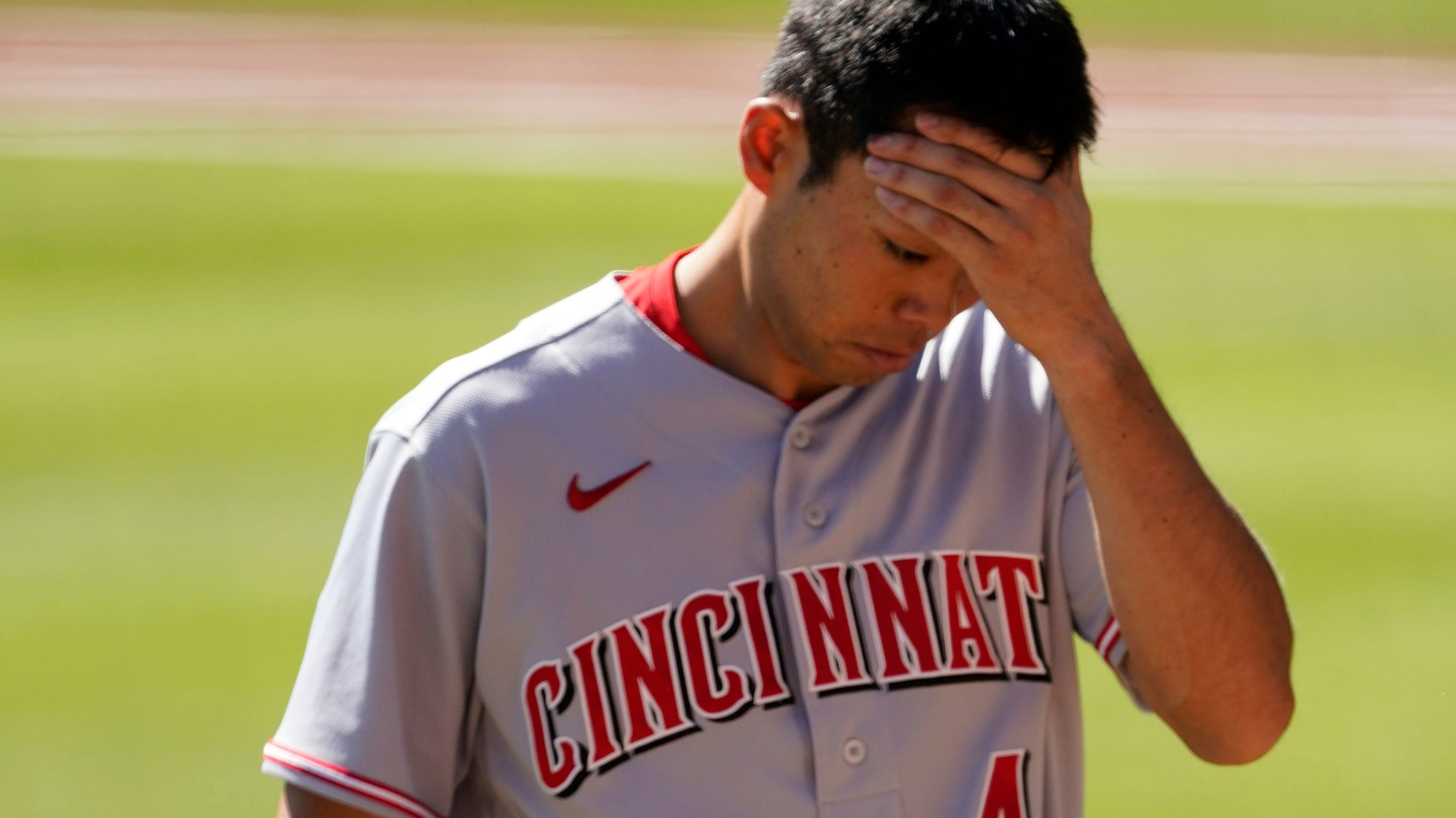Cincinnati Reds make playoff history; eliminated by Braves with 0 runs