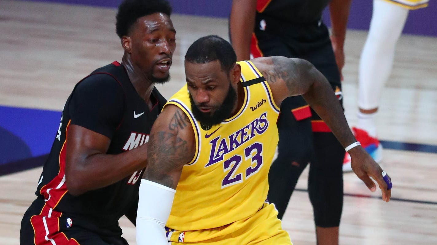 Lakers dominate injury-plagued Heat in Game 1