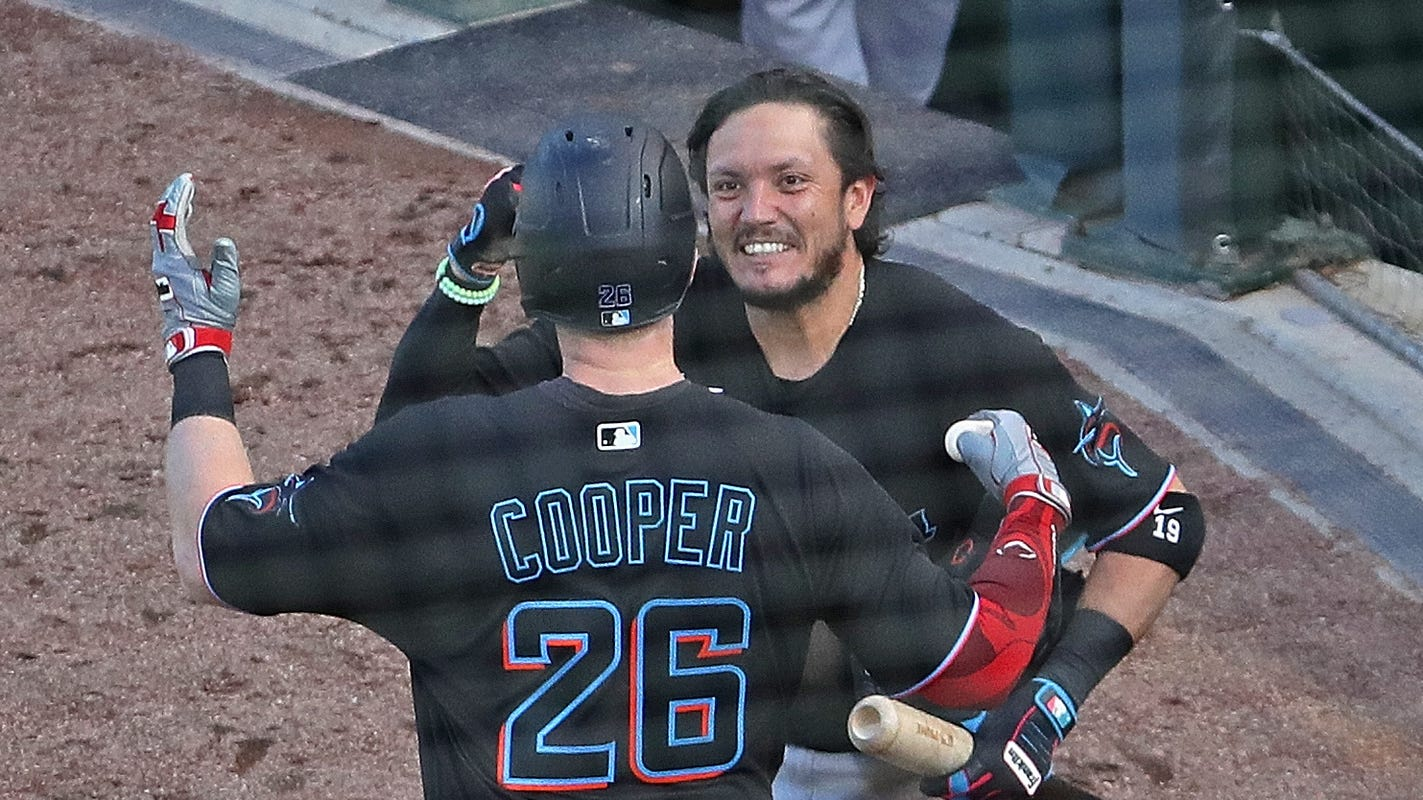 Marlins sweep Cubs to advance to NLDS, keep magical run going
