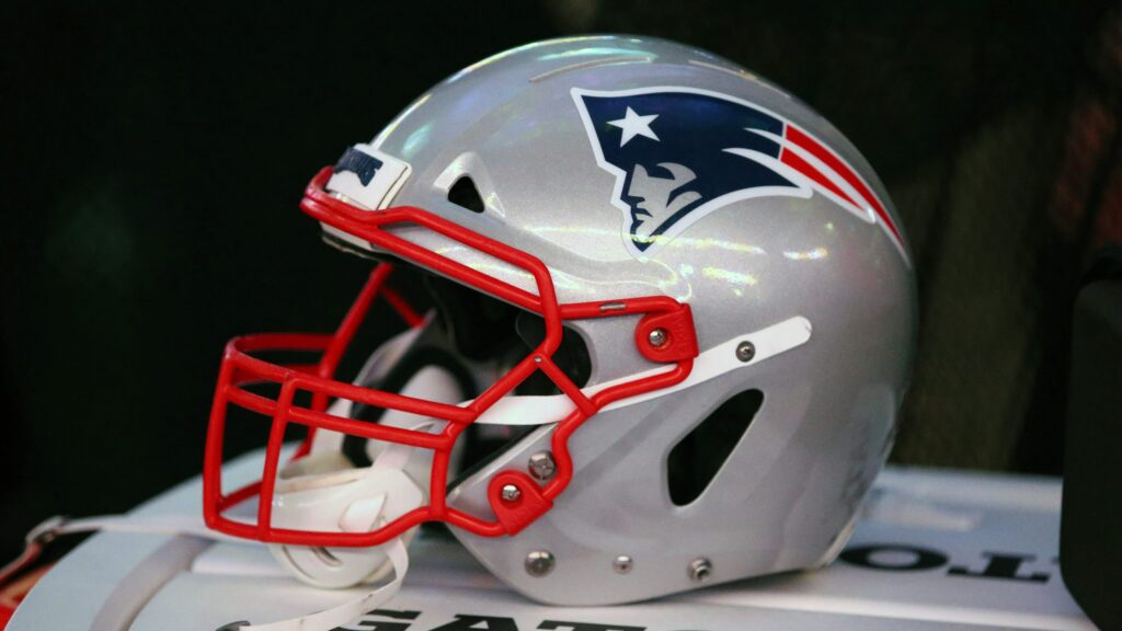 New England Patriots shut down practice again after new positive COVID-19 test, per report