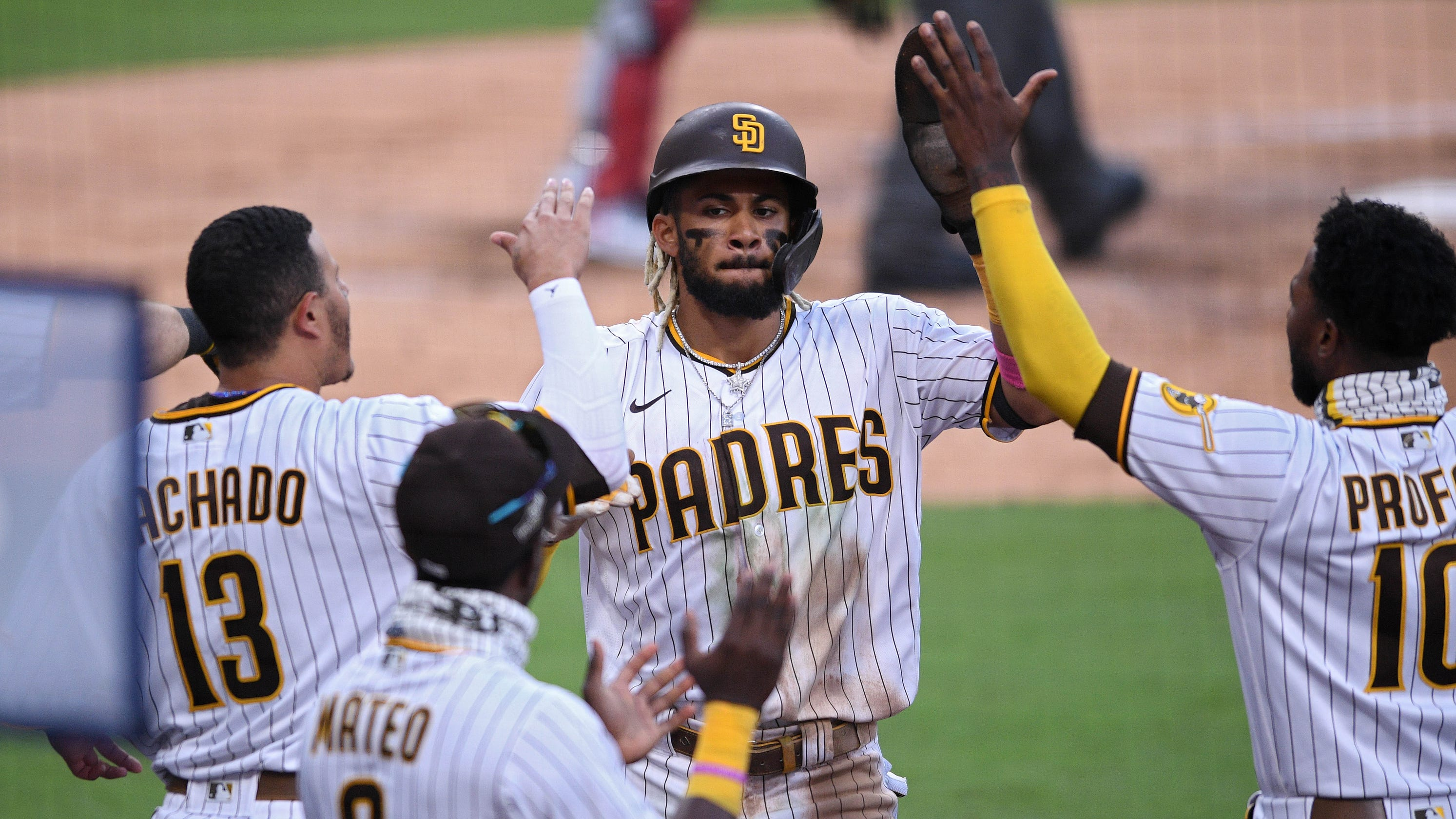 Padres shut out Cardinals, advance to NLDS vs. Dodgers