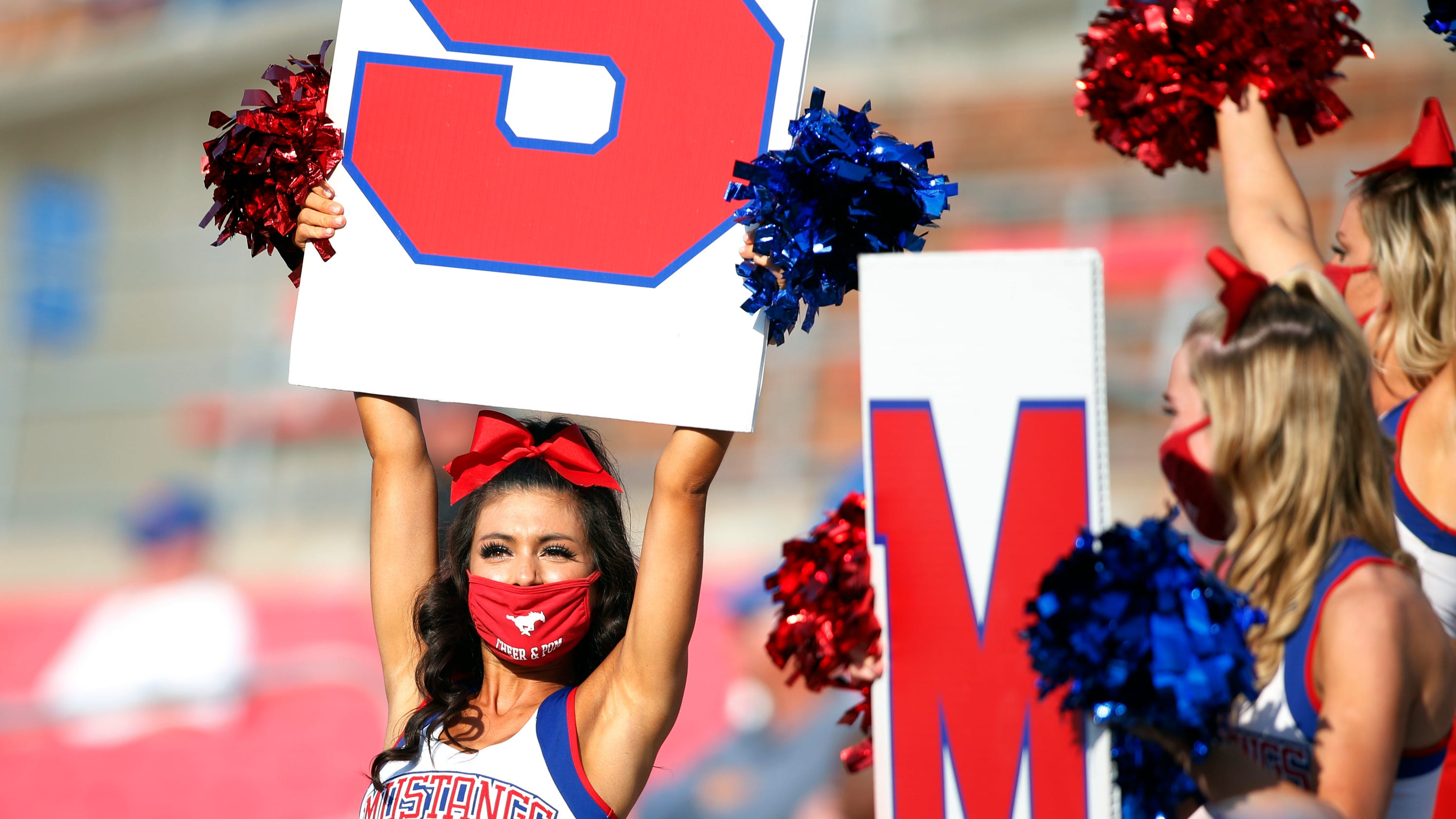 SMU student section broken up during Mustangs' game against Memphis