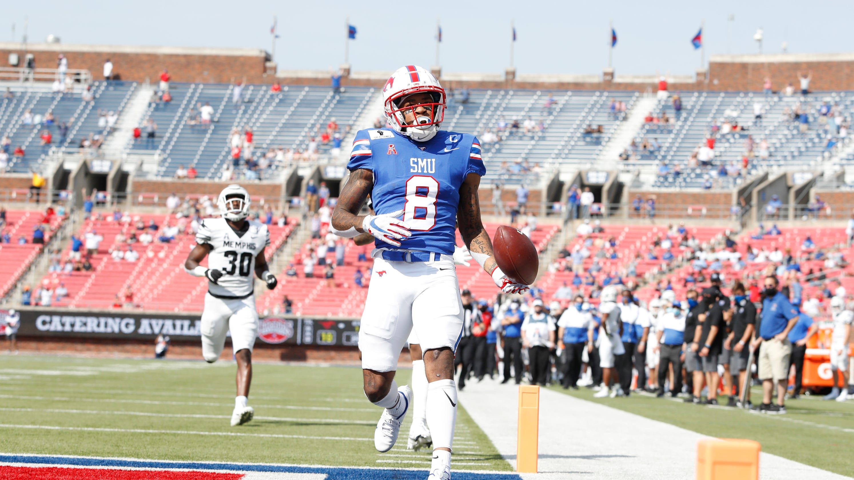 SMU student section removed from game seemingly for failure to adhere to COVID-19 guidelines